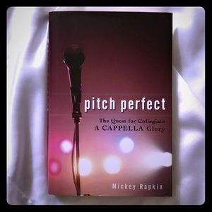 🆕📚Pitch Perfect Book - Brand New